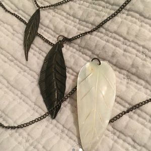 Triple feather tier necklace